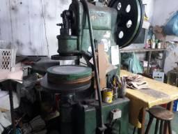 Fabrica de calçados completa em Uberlândia