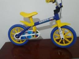 Título do anúncio: Bicicleta infantil crianças  de 3 a 4 anos