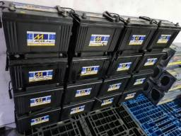 Baterias semi novas de 100ah muito novas.