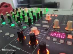 Vendo Mixer Korg zero 4