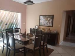 Vendo uma casa em Araças/ Vila Velha . Leandro oliveira . 120Mil ou entrada + Parcelas .