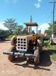 Trator de Pneu marca CBT. Mod- 2105 Diesel