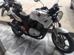 Vendo está moto CB500