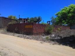Catuama terreno murado