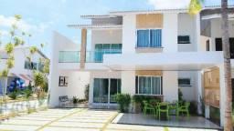 Casa duplex em condomínio no Eusébio com 4 suítes, 4 vagas na garagem, Lazer