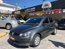 VW Voyage 1.6 completo ano 2014