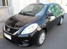 Nissan Versa 2013 1.6 Flex - Excelente estado - 2013