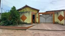 Casa para trocar em um sítio com igarapé e casa