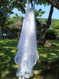 Vestido de noiva estilo princesa impecável