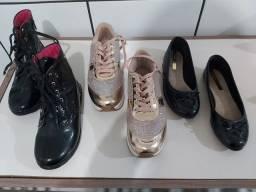 Calçados de menina super novos