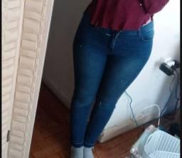 Calças jeans tamanho 42