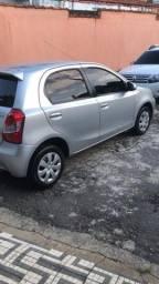 Vendo Toyota Etios XS 1.5 - 2014