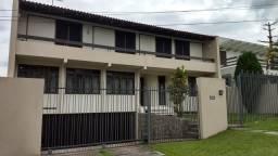 Casa no Bairro Guabirotuba