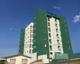 Apartamento com 02 quartos no Ed. Cristo Redentor em Caçador/SC