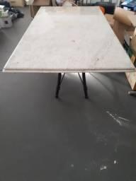 Mesa com Tampo de Pedra 2.00 x 1.15