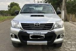 Hilux diesel 4x4 mecânica 13/13 completa - 2013