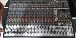 Mesa de Som Behringer Eurodesk SX2442FX 24 canais