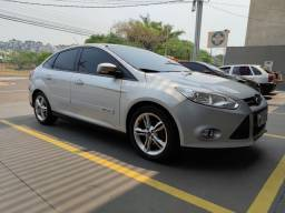 Ford Focus Sedan SE automático
