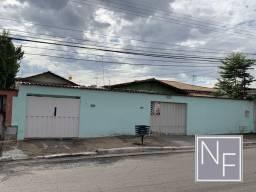 Casa com 4 quartos - Bairro Vila Aurora Oeste em Goiânia