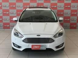 Ford Focus TITANIUM PLUS 4P