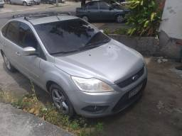 Focus Hatch 1.6 completo 2012