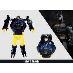 Relógio Eletrônico de Transformação com desenho do Batman