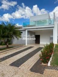 Casa Condomínio Fechado, 3 suítes, no Bairro Cond. Royal Park Residence