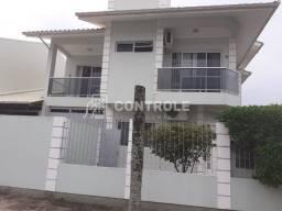 S/ Casa 3 dorm no Balneário do Estreito próximo Beira Mar Continental/Florianópolis