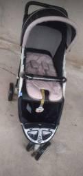 Carrinho de bebê com 3 cintos