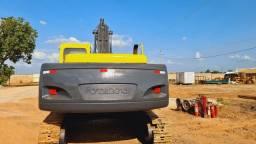 Escavadeira Hidráulica Volvo EC 240