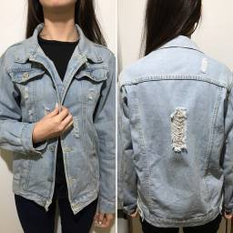 Roupas (Jaqueta Jeans, calças, colete e cropped)