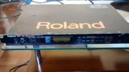 Pedaleira Roland GP16