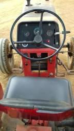 Trator massey 4x2 Ferguson 265