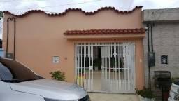 Conjunto Jardim Américo, linda casa estilo colonial, 3/4 s/ 1 suíte, churrasqueira