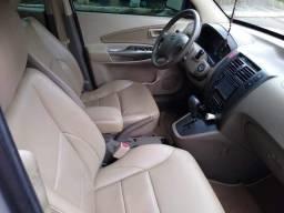 Vendo ou troco tucson glsb automática série limitada - 2010