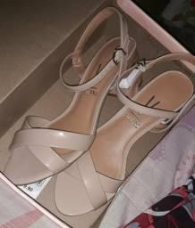 Sapato/ sandália vizzano