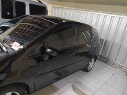 Vendo Honda fit completo 2006