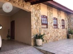 Casa com 3 dormitórios para alugar, 179 m² - Vila Formosa - Jundiaí/SP