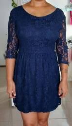 Vestido em Renda Azul