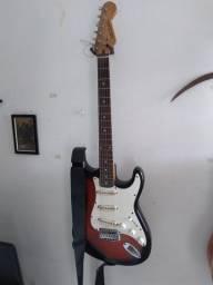 Guitarra Michael + pedal blues driver
