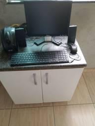 Monitor + Teclado + Mouse + Caixas Acústicas + Estabilizador