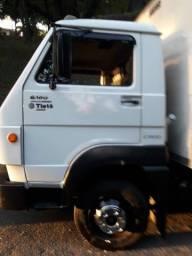 Caminhão Volks 8160 delivery