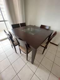 Conjunto Mesa com 8 cadeiras