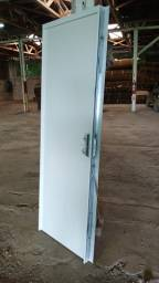 Porta p container e divisoria dryall