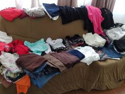 Título do anúncio: Vendo lote de roupas