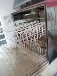 Título do anúncio: Maquina de lavar louca brastemp usada