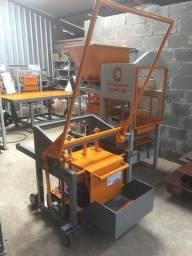 Maquina manual poedeira para blocos de concreto