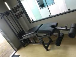Cadeira Flexora/extensora conjugada