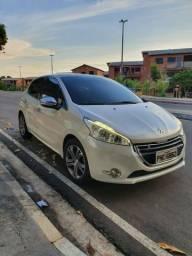 Peugeot 208 - Griffe - 1.6 - Manual - 2015