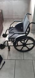 Cadeira de rodas vendo ou troco